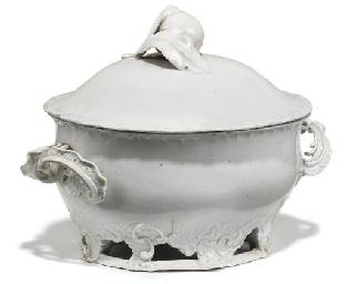 A VENICE (COZZI) WHITE PORCELA