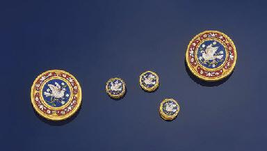 A set of Italian gold mosaic d