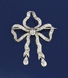 A late Victorian diamond bow b