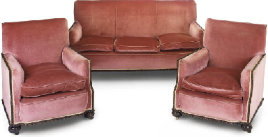 A VICTORIAN UPHOLSTERED BERGER
