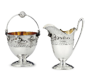 A SILVER CREAM JUG AND SUGAR P