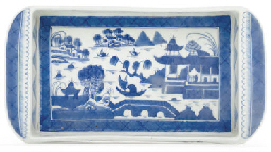 A 'CANTON BLUE AND WHITE' TRAY