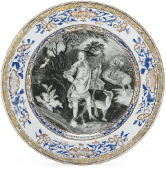 A PAIR OF PORTRAIT PLATES