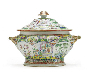 A 'CANTON FAMILLE ROSE' TUREEN