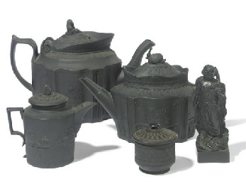 A GROUP OF BLACK BASALT TEAWAR