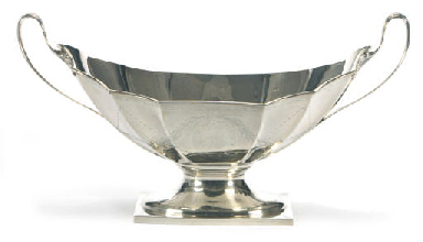 AN AMERICAN SILVER LARGE CENTE