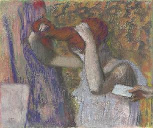 Femme se coiffant, la lettre