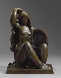 Jeune fille assise au plateau