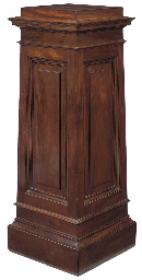 AN ENGLISH MAHOGANY PEDESTAL