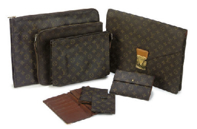 LOUIS VUITTON, A COLLECTION OF POUCHES AND WALLETS
