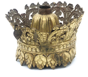 A Tibetan gilt copper crown