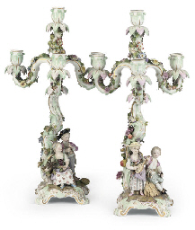 A PAIR OF MEISSEN FIGURAL THRE