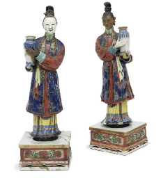 A Pair of Chinese export noddi