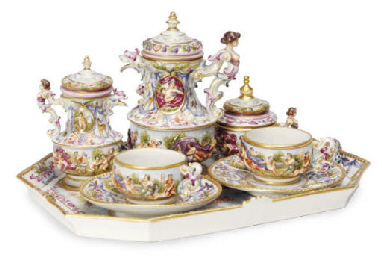 A CAPODIMONTE STYLE PART TEA S