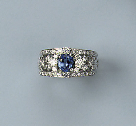 A SAPPHIRE AND DIAMOND BAND RI