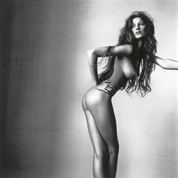 Gisele, New York, April 1 1999