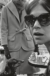 Paris, Harper's Bazaar, 1962