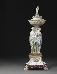 A LARGE MEISSEN STYLE FIGURAL