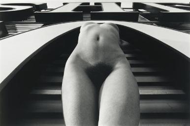The Urban Nude