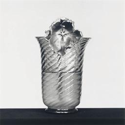 Tulip, 1982