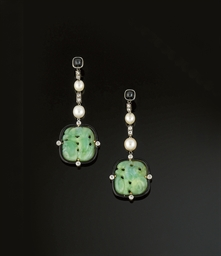 A pair of Art Deco jade diamon
