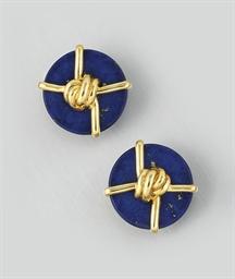 A pair of lapis lazuli earclip