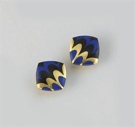 A pair lapis lazuli and onyx e