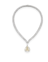 A COLORED DIAMOND PENDANT NECK