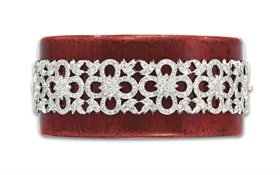 AN ENAMEL AND DIAMOND BRACELET