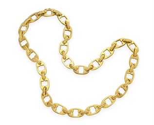 A GOLD NECKCHAIN, BY BULGARI