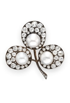 AN ANTIQUE PEARL AND DIAMOND BROOCH