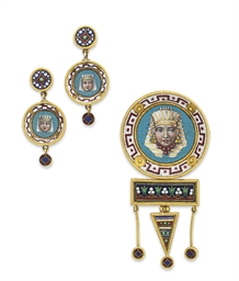 A SET OF EGYPTIAN-REVIVAL MICR