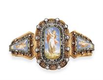 AN ANTIQUE ENAMEL, DIAMOND AND GOLD BRACELET