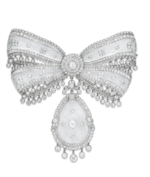 A SUPERB BELLE EPOQUE DIAMOND