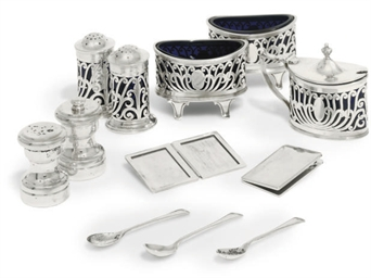 AN EDWARDIAN FIVE-PIECE SILVER
