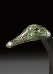 A ROMAN BRONZE DUCK HEAD HANDL