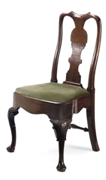 A GEORGE II MAHOGANY SIDE CHAI