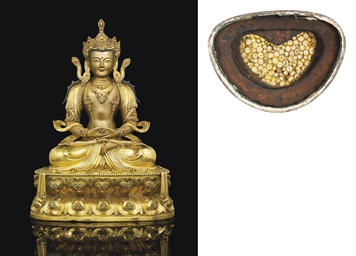AN IMPERIAL GILT-BRONZE AND LA