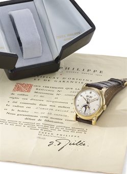 Patek Philippe. An very fine and rare 18K gold perpetual calendar wristwatch with sweep centre seconds, phases of the moon, original certificate and box