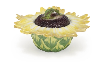 A CHELSEA SUNFLOWER TUREEN AND