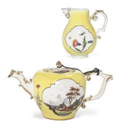 A MEISSEN YELLOW-GROUND TEAPOT
