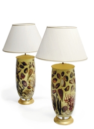 A PAIR OF DECALCOMANIA LAMPS