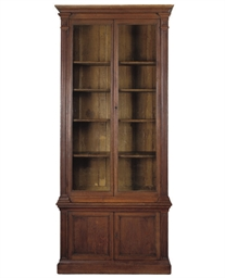 A FRENCH OAK BOOKCASE CABINET