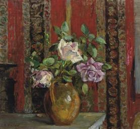 Roses dans un pichet