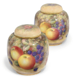 A PAIR OF ROYAL WORCESTER GING
