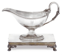 A FRENCH SILVER SAUCEBOAT ON DETATCHABLE STAND