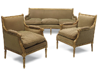 A GILTWOOD SALON SUITE
