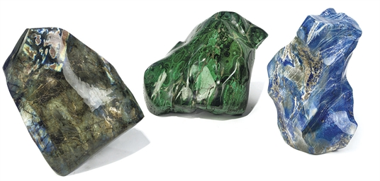 A GROUP OF THREE LARGE MINERAL