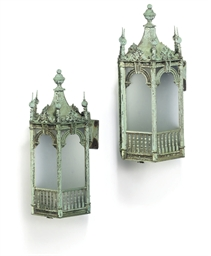 A PAIR OF VERDIS-GRIS BRONZE W