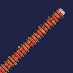An Edwardian coral bracelet